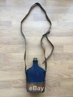 BIDON de CAVALERIE Modèle 1884 99 complet avec sa housse et son cuir fauve