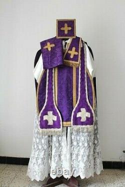 Chasuble Romaine de prêtre complète en soie violette XIXe siècle