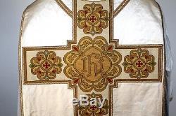 Chasuble de prêtre Romaine blanche complète en satin de soie XIXe Siècle