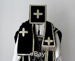 Chasuble de prêtre Romaine complète en velours bleu foncé XIXe Siècle