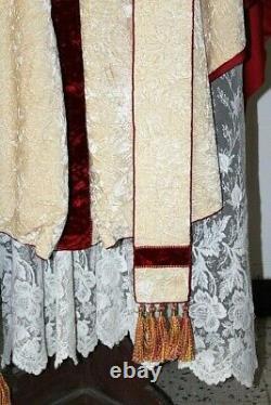 Chasuble gothique de prêtre blanche complète décor esprit Saint vers 1930
