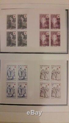 Collection De Carnets Croix Rouge Neufs De 1952 A 2016, Complete
