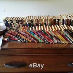 Collection quasi complète (133 livres) de San-Antonio éditions Fleuve Noir