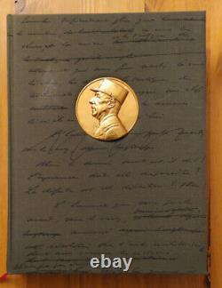 Général de Gaulle, 15 volumes issus de la Collection complète de ses uvres