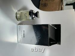 Lot de 131 miniatures de parfum dont 55 complètes (parfum et boîte)