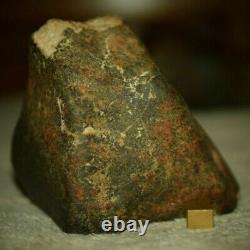 Météorite chondrite complète orientée de 1,043 kg