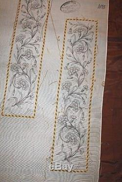 ORFROI COMPLET DE CHASUBLE ROMAINE A BRODER XIXe SIECLE