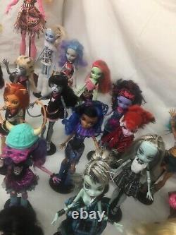Rare Gros Lot De Poupées Monster High Complètes Avec Les Accessoires Collection