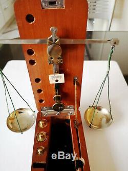 Superbe balance ancienne trébuchet de voyage diamantaire complète poids carat